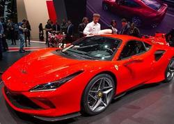 Ferrari yeni modelini təqdim etdi - FOTO
