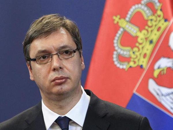Serbiya Prezidenti polisə hücum edən etirazçıları azadlığa buraxmağa xahiş edib