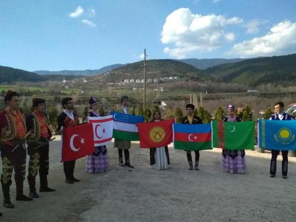 Türkiyədə Koroğluya abidə ucaldıldı