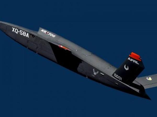 İnsansız dronun ilk sınaq uçuşu keçirildi