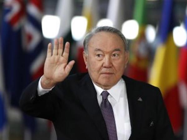 """Qıpçaq bəyinin sultan nəvəsinin gedişi – <span class=""""color_red"""">Nazarbayev hər kəsi mat qoydu</span>"""