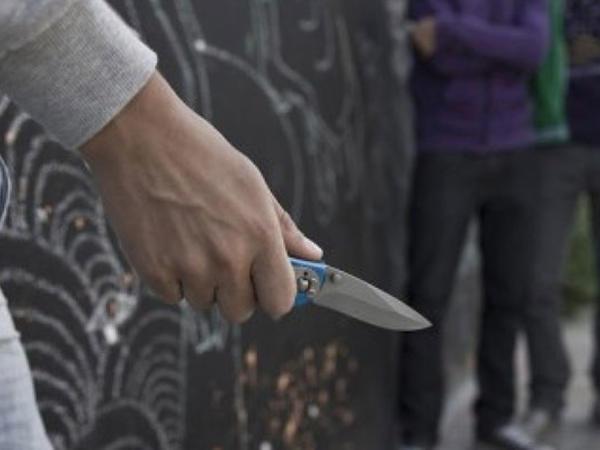 Qazaxda bir gecədə üç nəfər bıçaqlandı