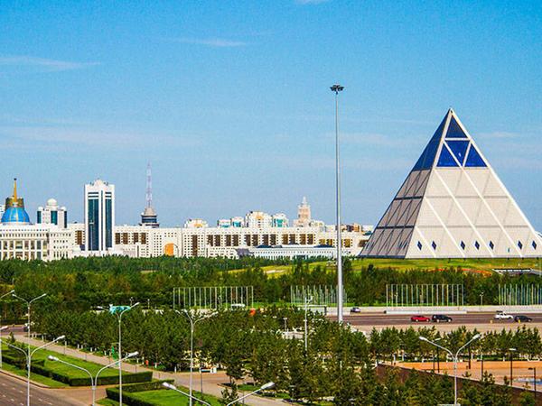 Qazaxıstan parlamenti Astananın adının dəyişdirilməsi haqda qanun qəbul etdi