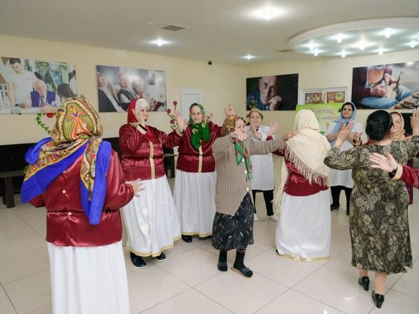 Heydər Əliyev Fondu sosial xidmət müəssisəsində Novruz şənliyi təşkil edib - FOTO