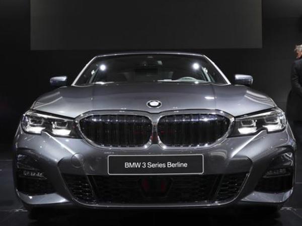 BMW gəlirinin 2019-cu ildə azalacağını gözləyir