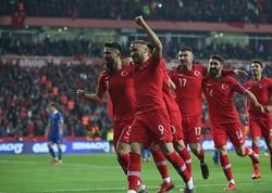 """İngiltərə səfərdə 5 qolla qalib gəldi - <span class=""""color_red"""">VİDEO</span>"""