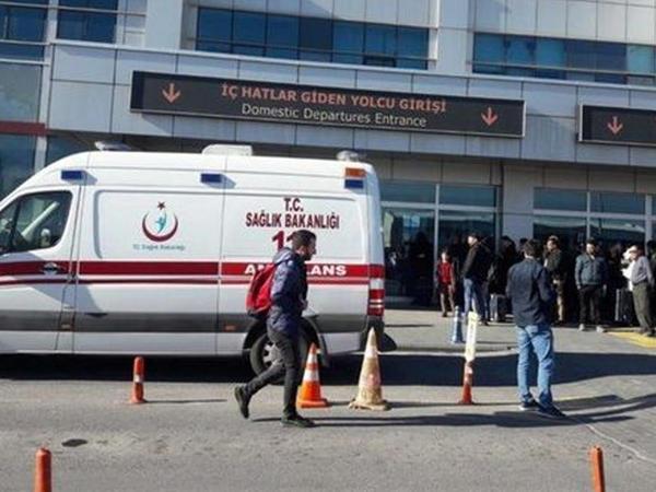 Türkiyədə hava limanında atışma olub