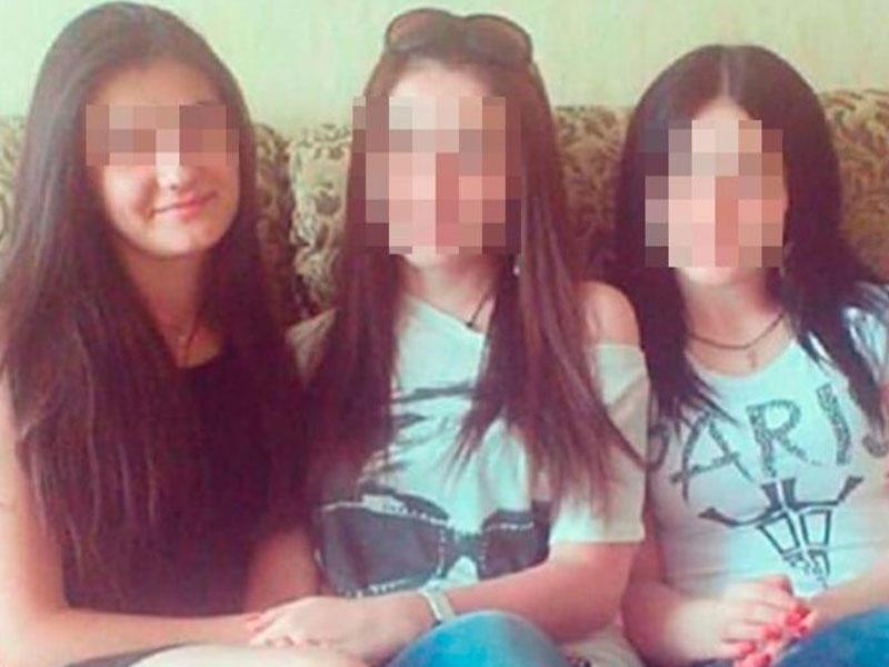 """Videodakı çılpaq qızlardan biri DANIŞDI: """"Hər kəs yıxılanı daşlamağa çalışır"""""""
