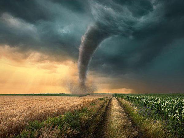 Kanadada tornado 2 nəfərin ölümünə səbəb olub