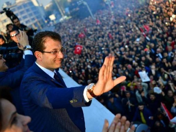 "İstanbulun yeni ""fatehi"" kimdir? - <span class=""color_red"">Bioqrafiya</span>"