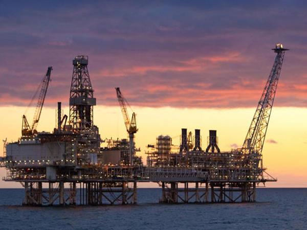 """BP """"Azəri-Çıraq-Günəşli"""" blokunun platformalarının birində işi dayandırdı"""