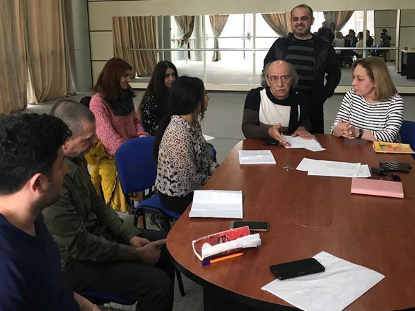 """Gənc Tamaşaçılar Teatrında """"Möcüzəli pillələr"""" hazırlanır"""