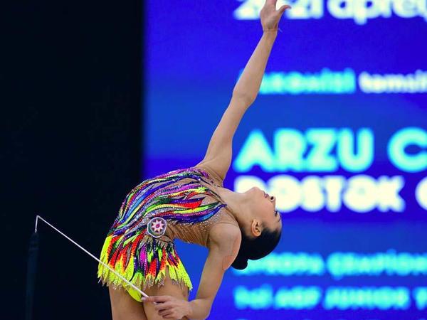 """Azərbaycan gimnastları lentlə hərəkətlərdə """"AGF Junior Trophy""""nin finalına yüksəliblər"""