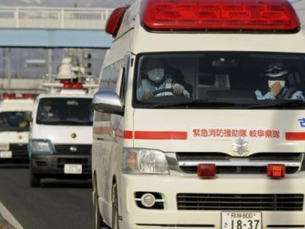 """Yaponiyada avtobus piyadalara çırpılıb, <span class=""""color_red"""">ölən və yaralananlar var</span>"""