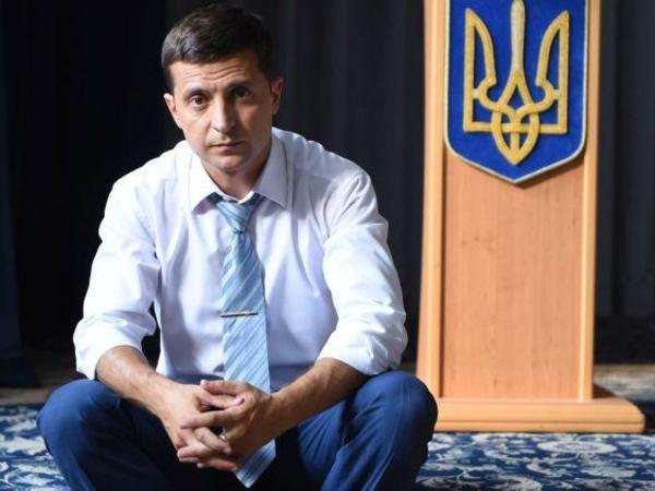 """""""Exit Poll"""": Zelenski Ukrayna prezidenti seçkilərində qalib gəlir"""