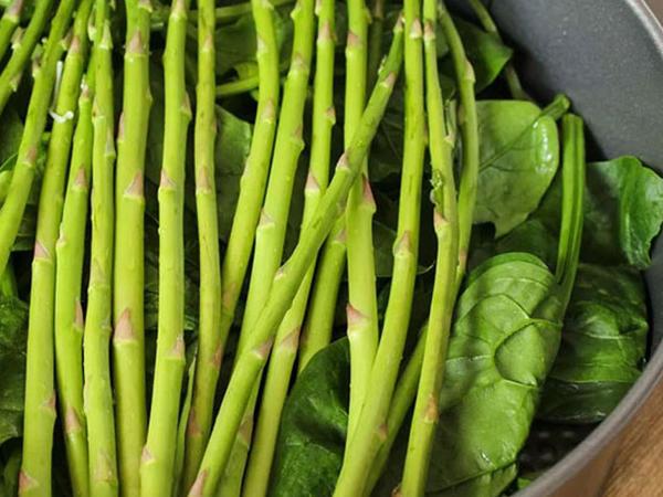 Bədənimiz vitaminsizləşəndə bunları yeməliyik! 8 təbii möcüzə