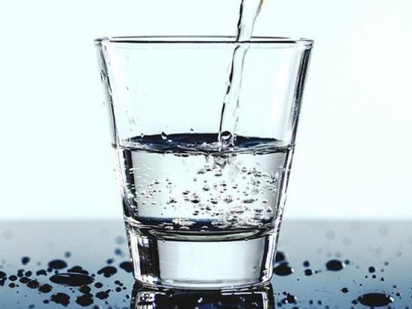 Çiy su orqanizm üçün faydalıdır