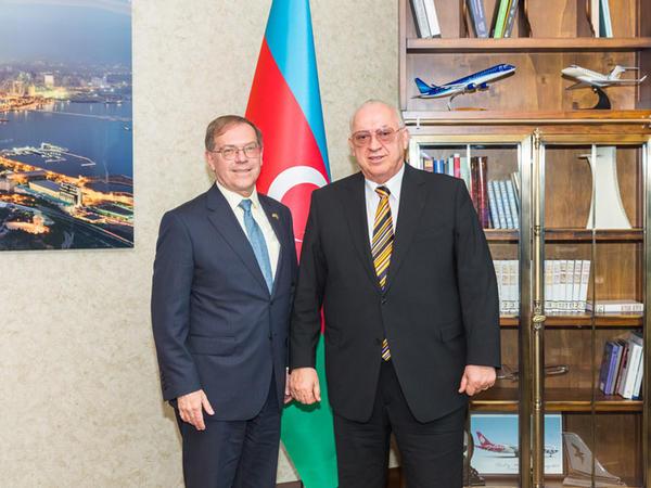 AZAL-ın prezidenti ABŞ səfiri ilə görüşüb
