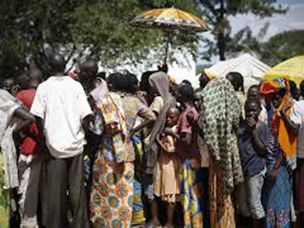 Azərbaycan Burundi qaçqınlarına yardım edib