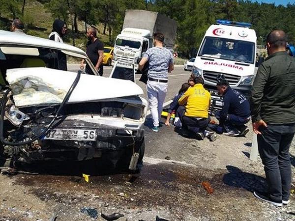 """Antalyada dəhşətli qəza - <span class=""""color_red"""">23 nəfər yaralandı</span>"""