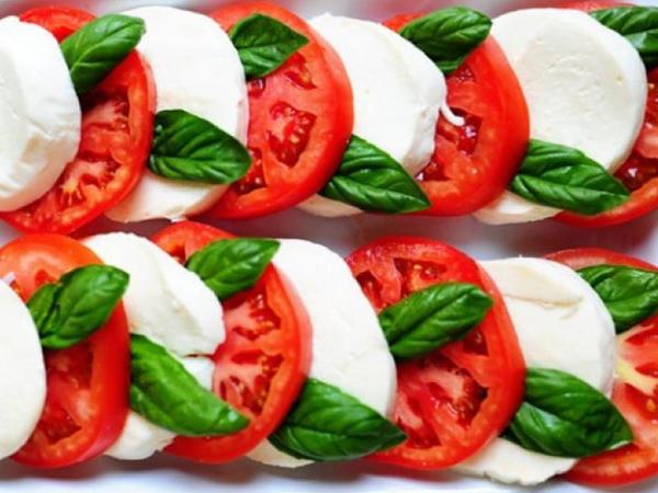 """5 dəqiqəyə hazırlanan möhtəşəm salat - <span class=""""color_red"""">RESEPT</span>"""