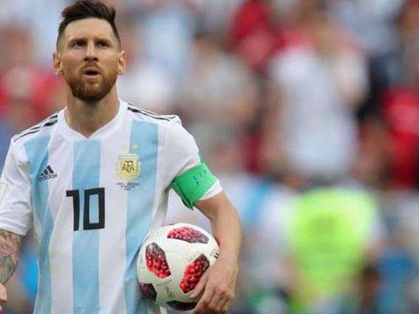 Messi Argentinada insafsızcasına tənqid edilir