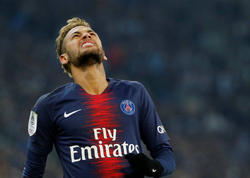 """UEFA Neymara 3 oyunluq cəza verdi - <span class=""""color_red"""">İnstaqram-a görə</span>"""