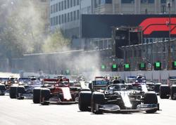 """""""Mercedes""""dən darmadağın - Bakıda Bottas və Həmiltondan Formula 1 dərsi  - <span class=""""color_red"""">YENİLƏNİB - FOTO</span>"""