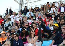 """Bakıda Formula 1 həyəcanını, azarkeş ruhunu əks etdirən <span class=""""color_red"""">FOTOLAR</span>"""