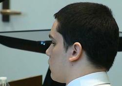 15 yaşlı oğlan qız üstündə sinif yoldaşının başını kəsdi - FOTO