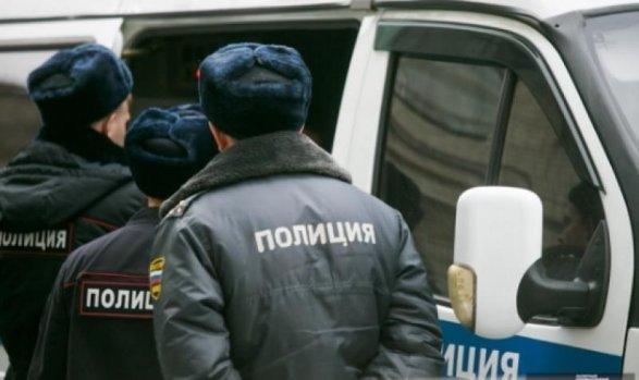 Rusiya kommunistlərinin liderlərindən biri azərbaycanlı xanımını döydü və o... - FOTO