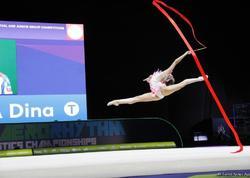 Rusiyalı gimnast daha bir qızıl medal qazandı