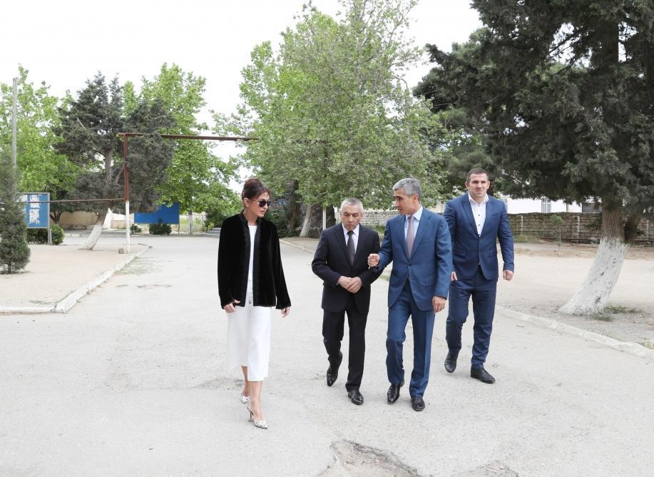 Azərbaycanın Birinci vitse-prezident Mehriban Əliyeva Bakının Kürdəxanı qəsəbəsində olub - FOTO