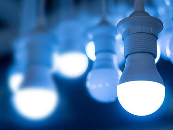 LED lampaların mavi işığı gözlərə ziyan verir