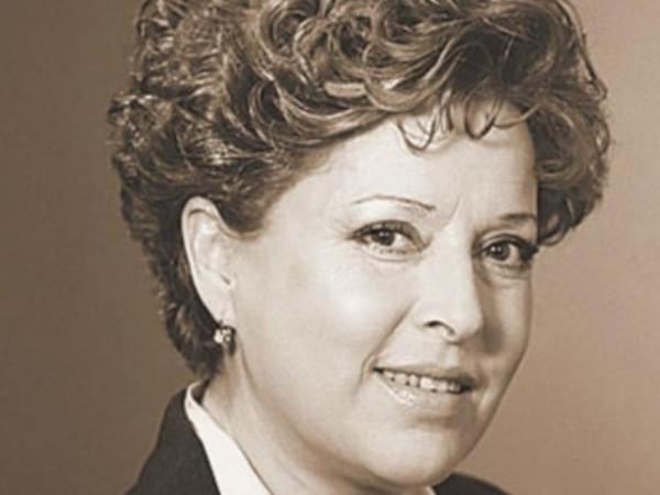 """""""BBC""""nin ilk qadın diktoru öldü"""