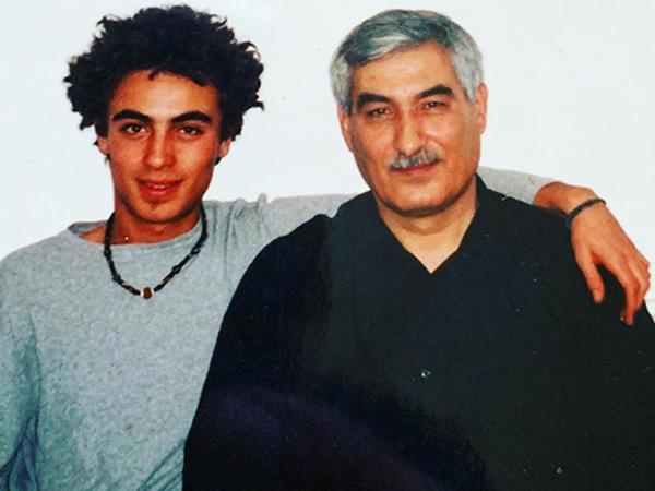 Dünya şöhrətli musiqiçi Ədalət Vəzirovdan yazdı - FOTO