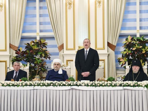 """Prezident İlham Əliyev: """"Azərbaycan dövləti dərin milli-mənəvi təməl üzərində qurulub"""" - FOTO"""