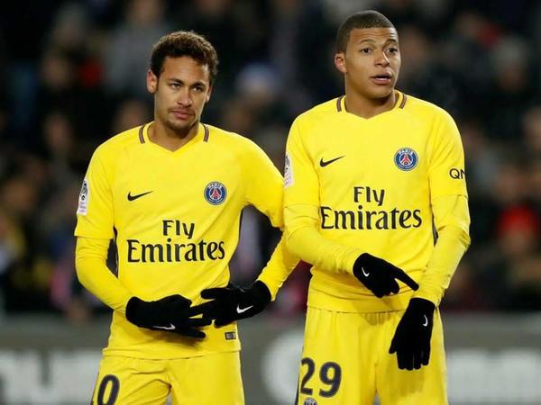 """Neymarla Mbappe arasında gərginlik - <span class=""""color_red"""">İkisindən biri gedə bilər</span>"""