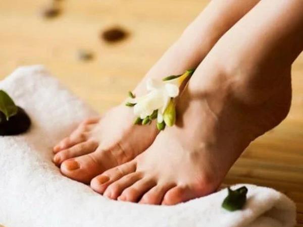 Ayaq masajı edəndə orqanizmdə nə baş verir?
