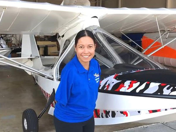 Anadangəlmə əlləri olmayan Cessika pilot olan ilk qadındır - FOTO