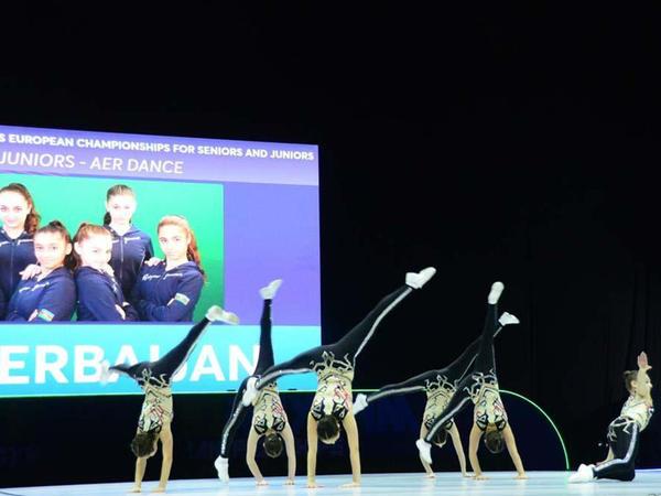Azərbaycan komandası aerobika gimnastikası üzrə Avropa çempionatında gənclər arasında aero-dans proqramında finala çıxıb