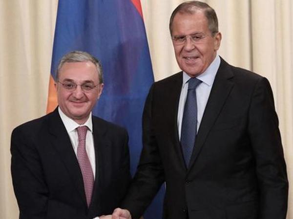 """Erməni nazir Lavrovla danışdı, <span class=""""color_red"""">təcili yardım çağırmalı oldular</span>"""