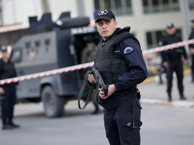 Türkiyədə 2,6 mindən çox polisin iştirakı ilə antiterror əməliyyatları