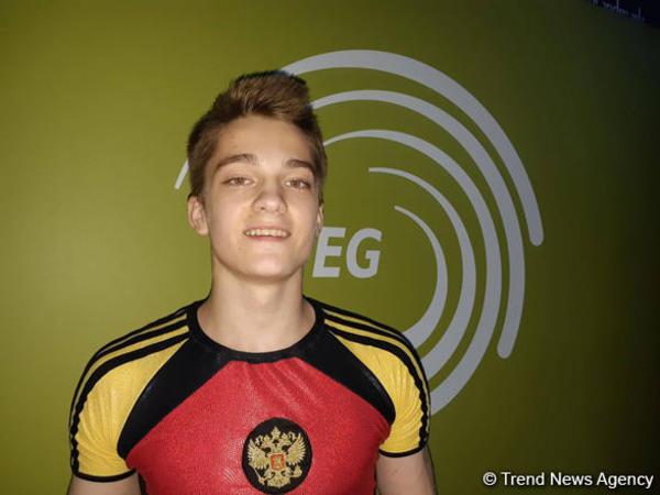 Anton Kolobov gənclər arasında fərdi proqramda Bakıda aerobika gimnastikası üzrə Avropa çempionatında qızıl medal qazanıb