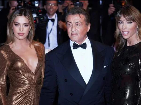 """Stallonenin qızı gözəlliyi ilə hamını heyrətə saldı - <span class=""""color_red"""">FOTO</span>"""