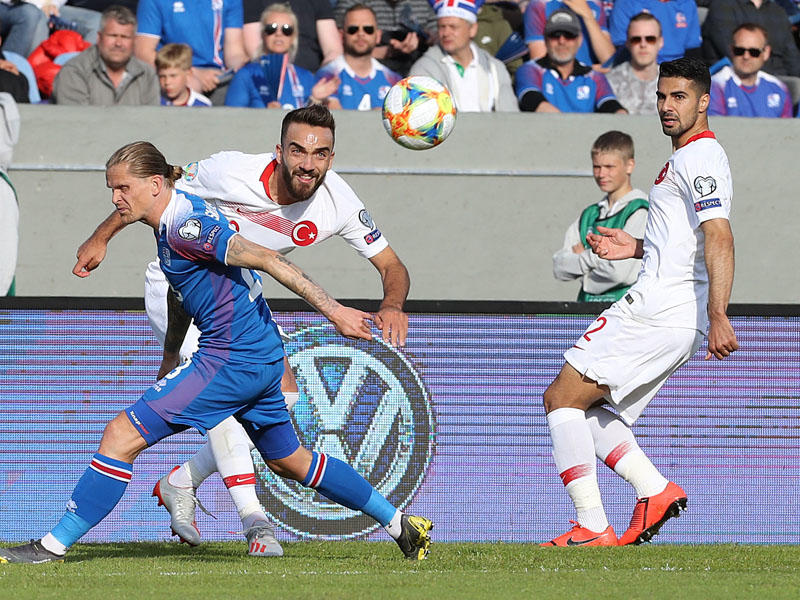 İslandiya - Türkiyə 2:1 -