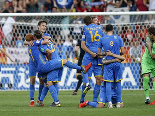 Ukrayna ilk dəfə futbol üzrə dünya çempionu oldu