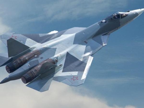 """F-15C """"Eagle"""", yoxsa Su-57 - <span class=""""color_red"""">ABŞ qırıcısı Rusiya qırıcısını MƏHV EDƏ BİLƏRMİ?</span>"""