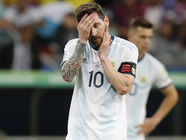"""Messi 10 oyundur qol vura bilmir - <span class=""""color_red"""">Millidə</span>"""