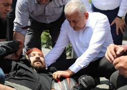 """Vətəndaş qəzaya düşdü, <span class=""""color_red"""">ilk yardımı Yıldırım etdi - FOTO</span>"""